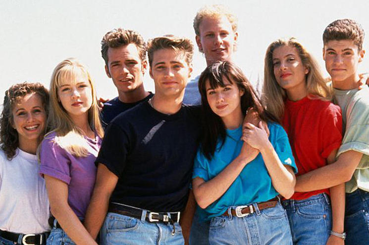 Fox Is Bringing Back the Original '90210' in a Weird, Meta Way