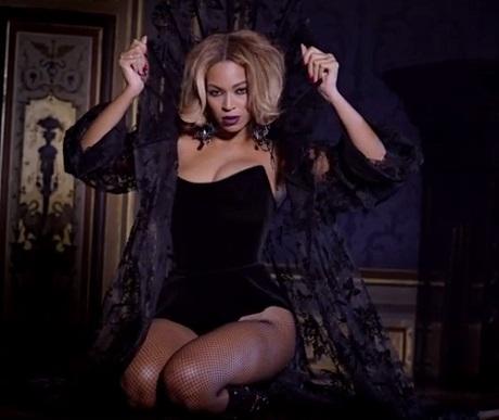 """Beyoncé """"Partition"""" (video)"""