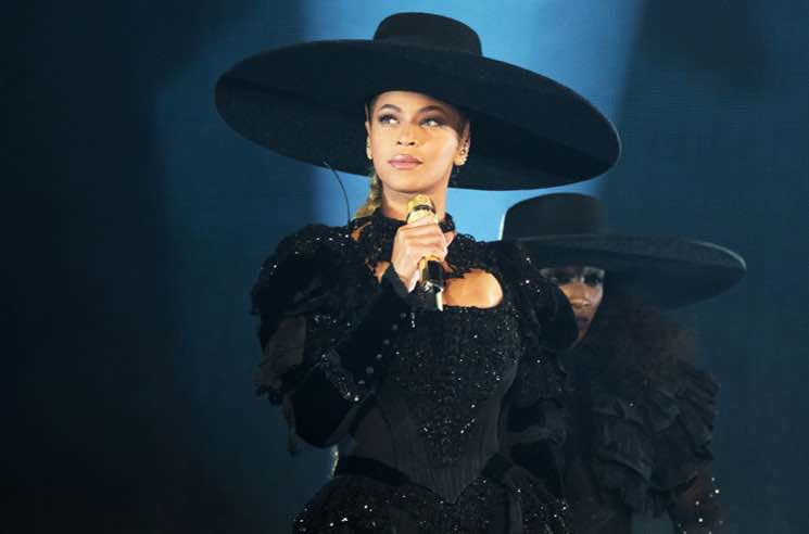 "​Beyoncé's Iconic ""Formation World Tour"" Hat Is Up for Auction"