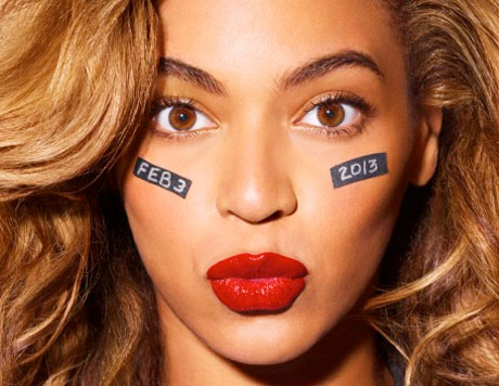 Beyoncé to Play Super Bowl Halftime Show
