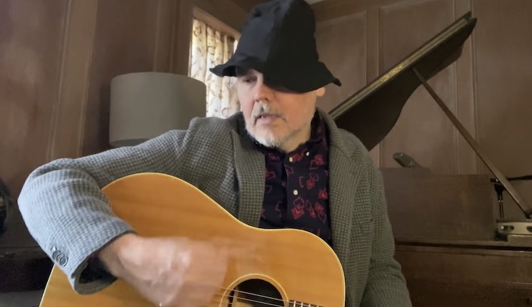 Billy Corgan Performs Acoustic Song on 'The Tonight Show'