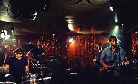 "The Black Keys ""Little Black Submarine"" (video)"