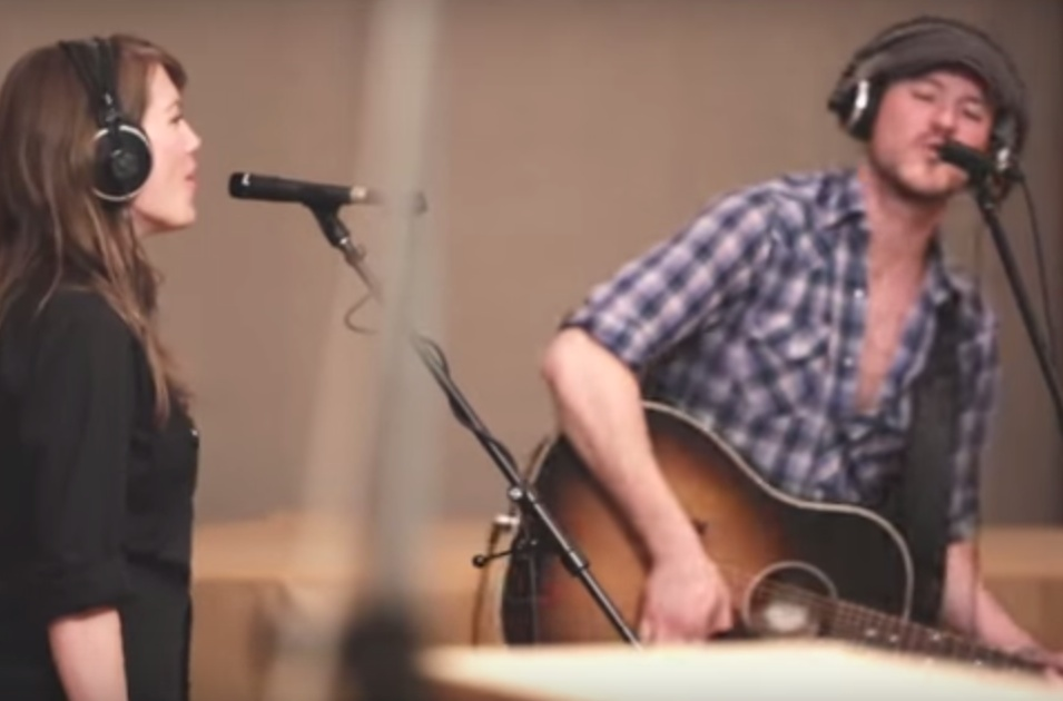 Belle Plaine & Blake Berglund 'Town to Town' (video)