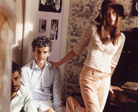 "Blonde Redhead ""My Plants Are Dead"" (Games remix)"