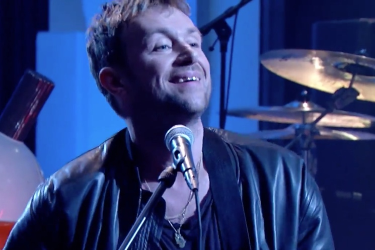 "Blur ""Ong Ong"" (live on 'Jools Holland')"