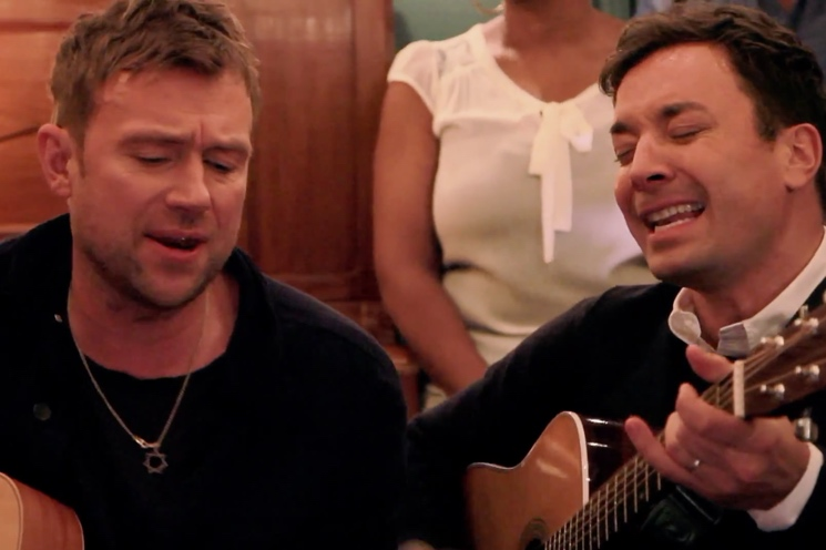 "Blur ""Tender"" (ft. Jimmy Fallon) (acoustic video)"