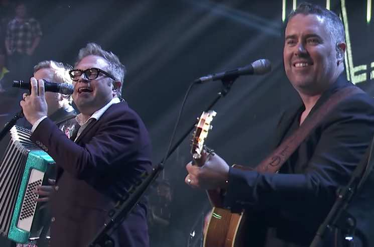 Watch Barenaked Ladies, Arcade Fire, Daniel Caesar Perform at the 2018 Juno Awards
