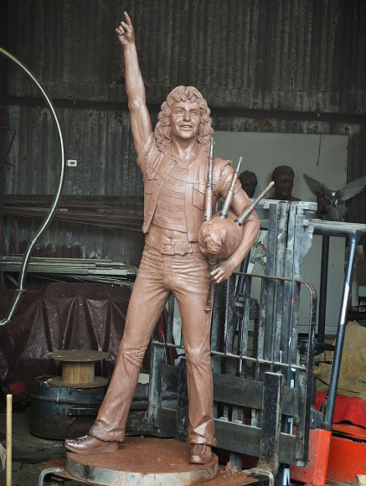 AC/DC Fans Crowdfund Bon Scott Statue in Singer's Hometown
