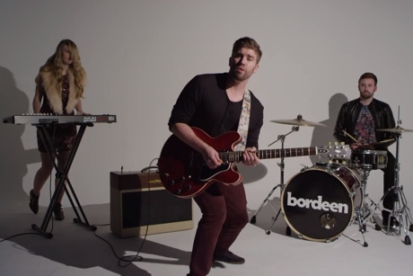 Bordeen 'Broken Bones' (video)