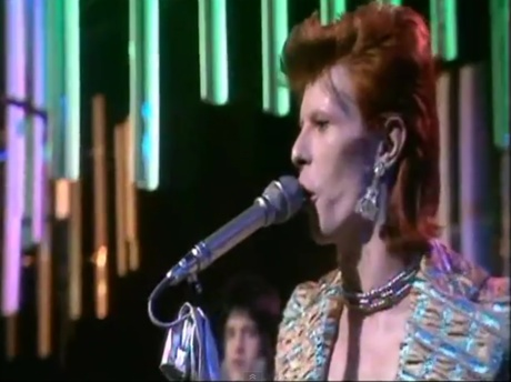 "David Bowie ""Jean Genie"" (live on 'Top of the Pops' 1973)"