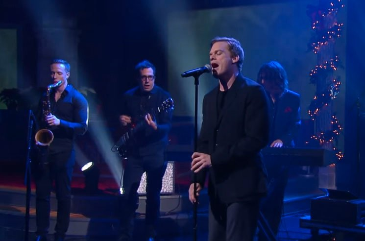 Michael C. Hall and the Cast of David Bowie's 'Lazarus' Perform on 'Colbert'