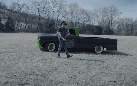 Yelawolf 'Box Chevy V' (video)