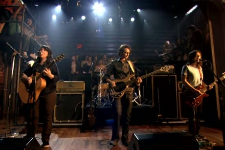 "The Breeders ""Cannonball"" / ""Driving on Nine"" (live on 'Fallon')"