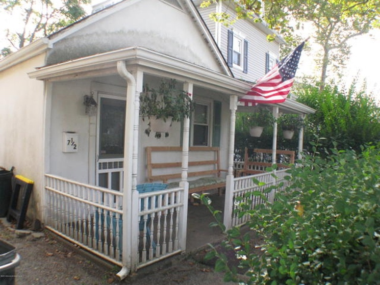 Bruce Springsteen's 'Born to Run' House Goes up for Sale
