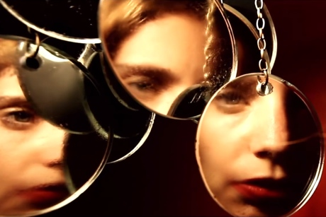 Anna Calvi 'Sing to Me' (video)