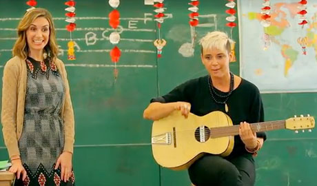 "Cat Power ""Kids Songs with Cat Power"" ('Funny or Die' video)"