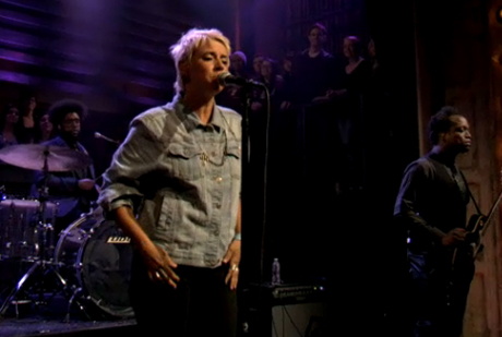"Cat Power ""Manhattan"" (live on 'Fallon')"
