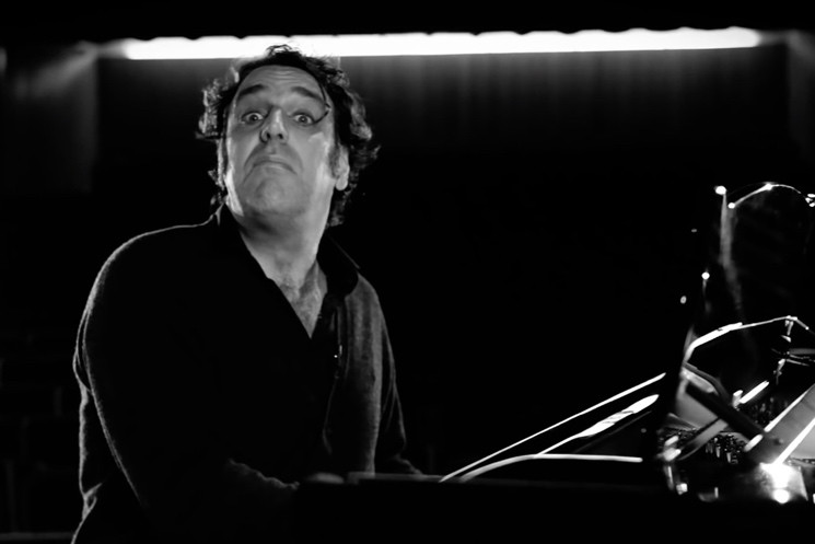 Chilly Gonzales The Weeknd's 'Can't Feel My Face' (Pop Music Masterclass)