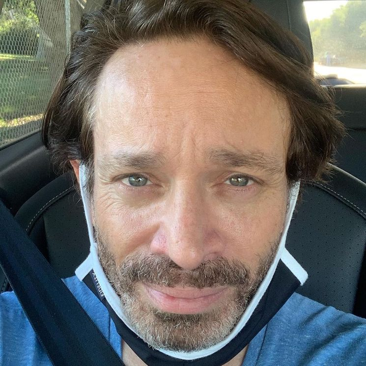 Chris Kattan Removed from Flight for Refusing to Wear a Mask