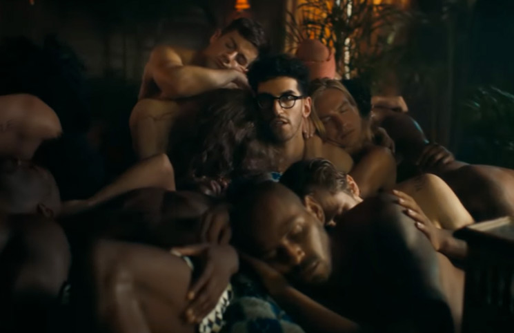 "Watch Chromeo and Robin Givens Become Sad Kings in Their ""Don't Sleep"" Video"