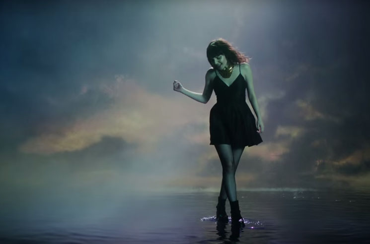 Chvrches 'Leave a Trace' (video)