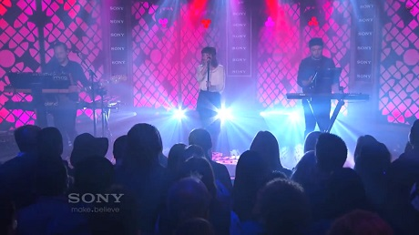 "Chvrches ""The Mother We Share"" / ""Lies"" (live on 'Kimmel')"