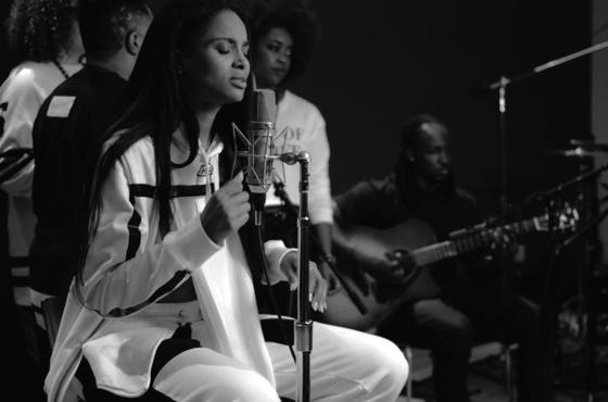 "Ciara ""I Bet"" (acoustic video)"
