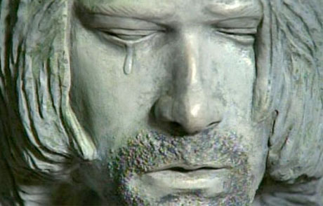 Here's the Crying Statue of Kurt Cobain
