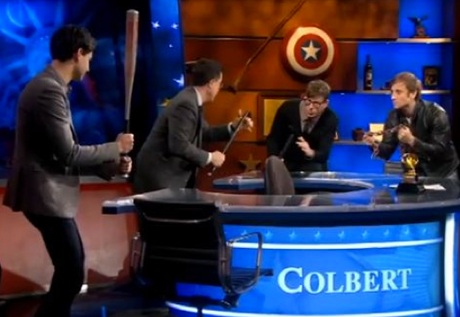 The Black Keys vs. Vampire Weekend ''Sellout Off' (on <i>Colbert</i>)