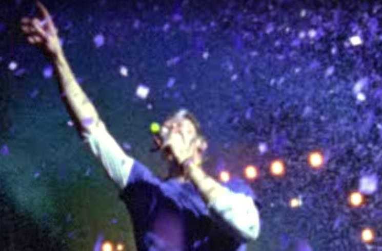 Coldplay 'A Head Full of Dreams' (video)