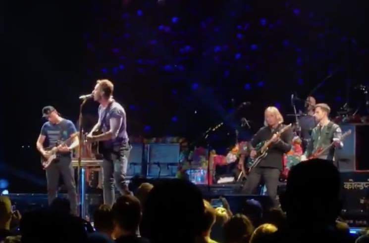 "​Watch Coldplay and R.E.M.'s Peter Buck Play Tom Petty's ""Free Fallin'"""