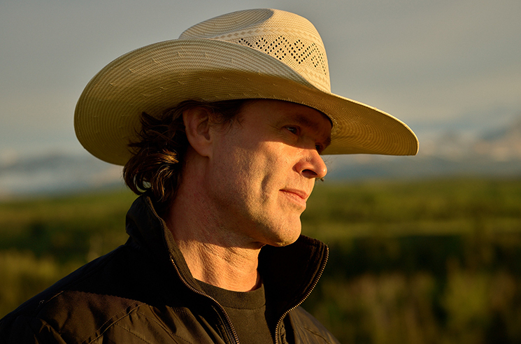 "Real-Life Rancher Corb Lund Reflects on the ""Ridiculous"" Country Craze"
