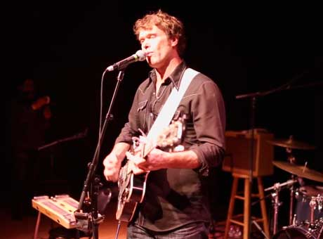 "Corb Lund ""Gettin' Down on the Mountain"" (live on Chalk TV)"