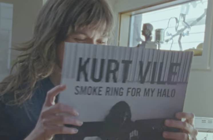 Courtney Barnett & Kurt Vile 'Continental Breakfast' (video)