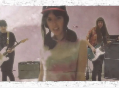 "The Courtneys ""Social Anxiety"" (video)"