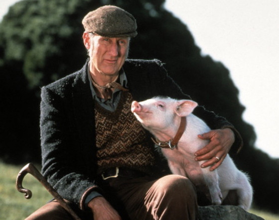 """James Cromwell's Ringtone Is Himself Saying """"That'll Do, Pig"""" in 'Babe'"""