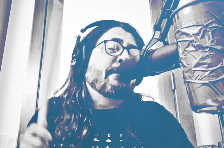 Dave Grohl and Greg Kurstin Cover Mountain's 'Mississippi Queen'