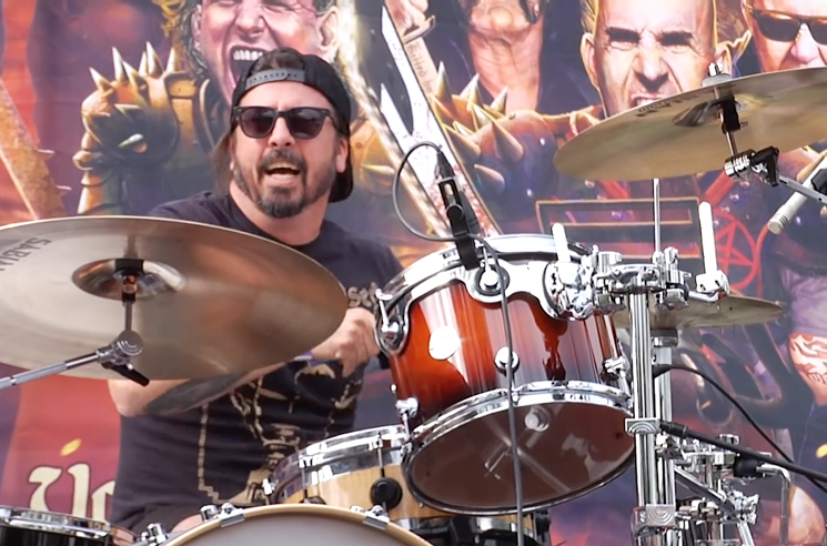 Watch Dave Grohl Cover Motörhead, Thin Lizzy on Drums