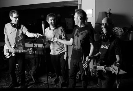 Dead Kennedys' East Bay Ray Announces New Full-Length with the Killer Smiles