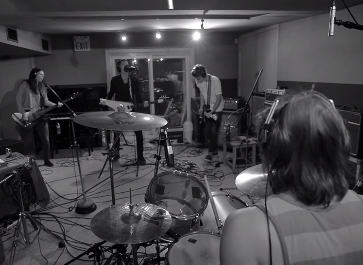 Dead Broke 'Feel Good Hit of the Summer' (Queens of the Stone Age cover) (video)