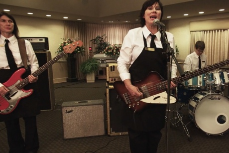 "Kim Deal ""Biker Gone"" (video)"