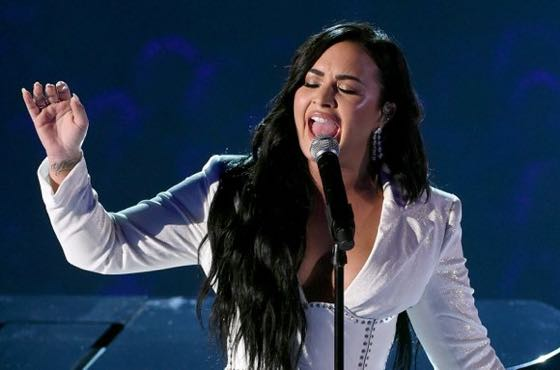 ​Watch Demi Lovato's Emotional Live Return at the Grammys