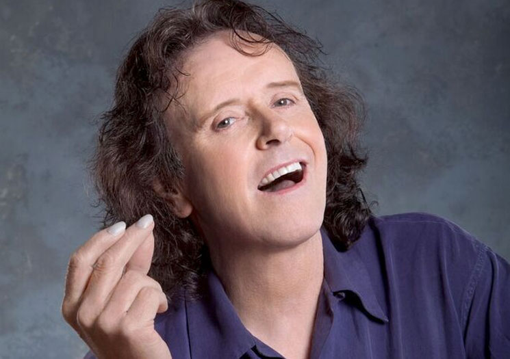 "Donovan Emerges for ""50th Anniversary 'Sunshine Superman' North American Tour"""