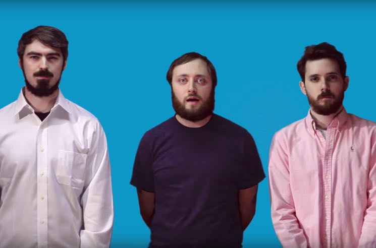 """Double Experience Channel Weezer's 'Blue Album' in Their Own """"Buddy Holly"""" Video"""