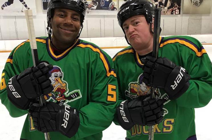 Kenan Thompson and the 'Mighty Ducks' Cast Reunite on the Ice