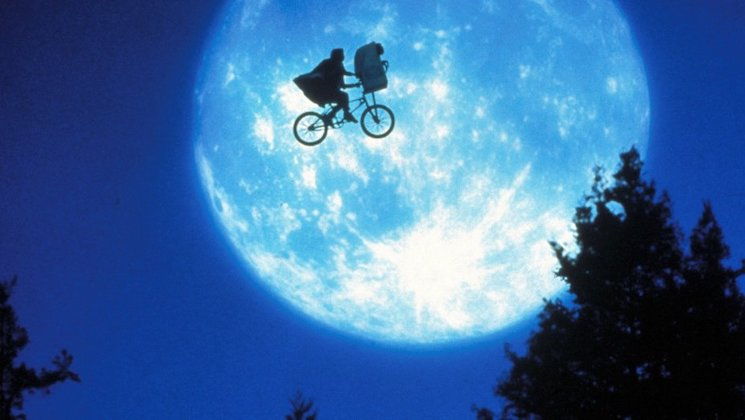 'E.T.' Cinematographer Allen Daviau Dead at 77