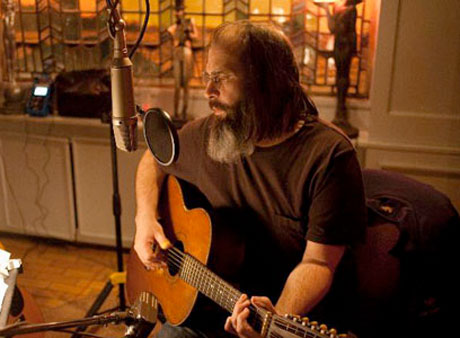Steve Earle Set to Release <i>I'll Never Get Out of This World Alive</i>