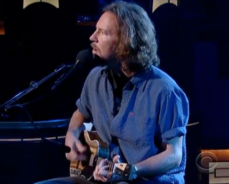 "Eddie Vedder ""Without You"" (live on 'Letterman')"