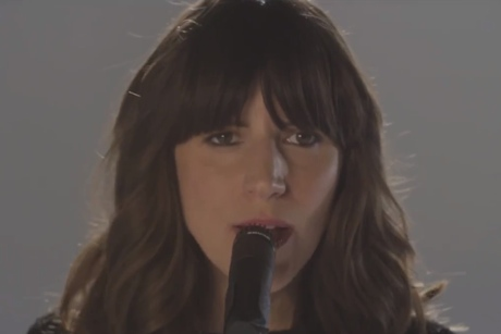 "Eleanor Friedberger ""Stare at the Sun"" (video)"