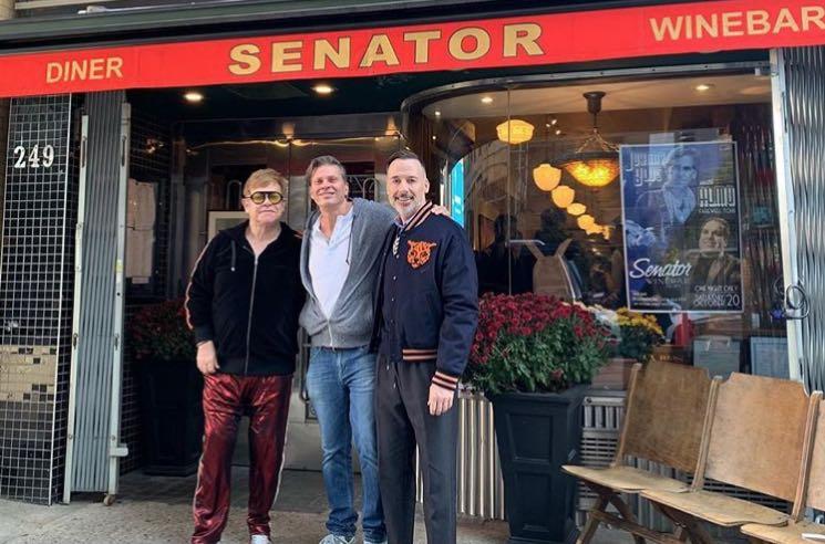 """Elton John Claims Toronto's Senator Diner Makes the """"Best Burger in the World"""""""